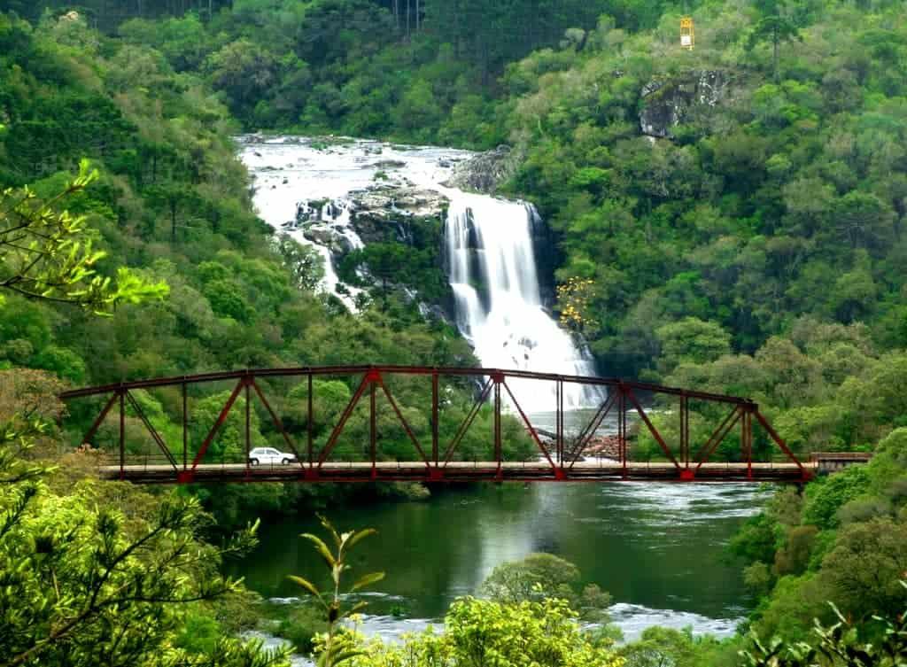 atrações no parque da cachoeira