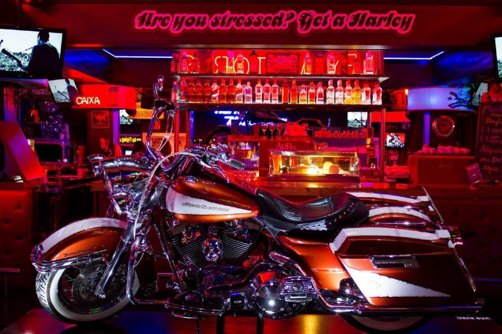 moto exposta no harley motor show