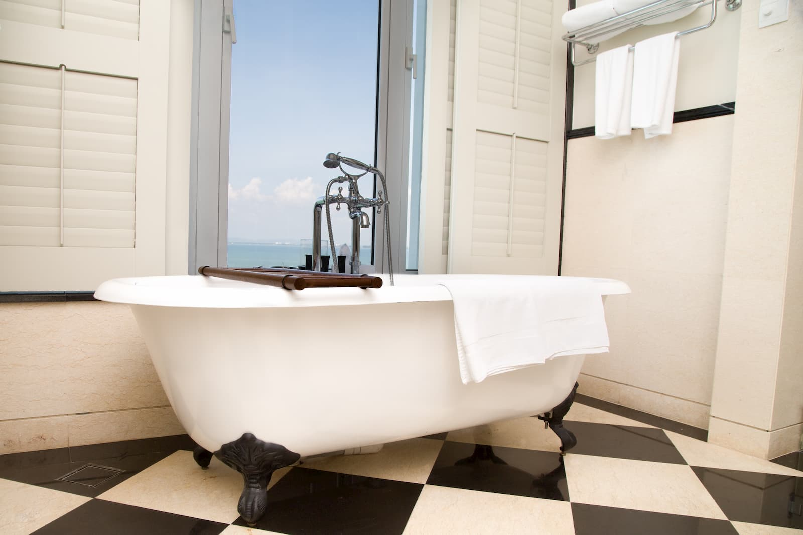Hotéis em Gramado com Banheira: 9 opções para Relaxar!