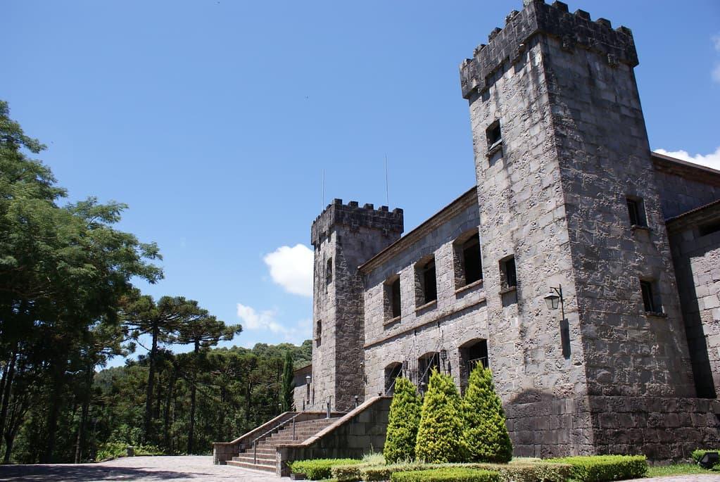 chateau lacave