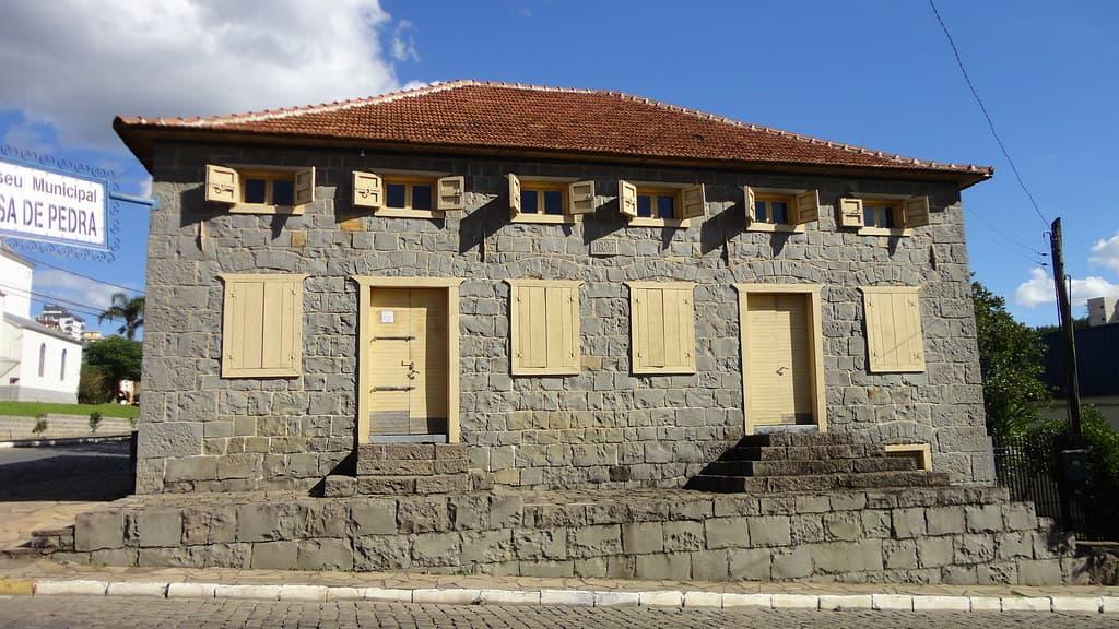 Museu Casa de Pedra